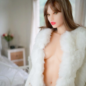photo de la poupée sexuelle bots dolls sex doll laura 160 cm
