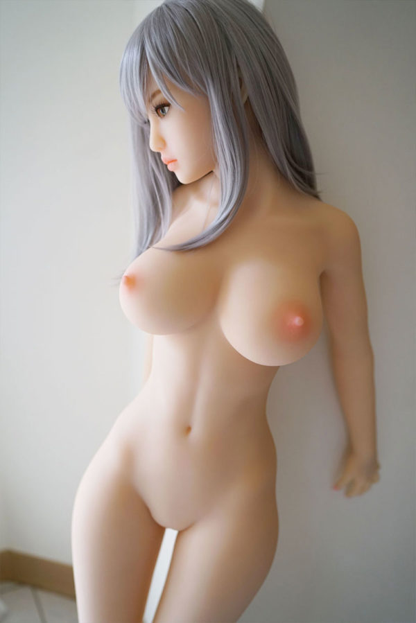 photo de la poupée sexuelle bots dolls sex doll prune 150 cm